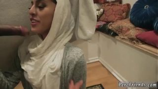 Car wash orgy 1 and best cronys share xxx Brave arab dolls with hijab